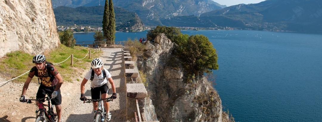 La vecchia strada del Ponale, un must del Garda Trentino