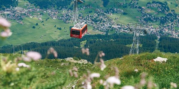 Gotschnabahn im Hintergrund Klosters