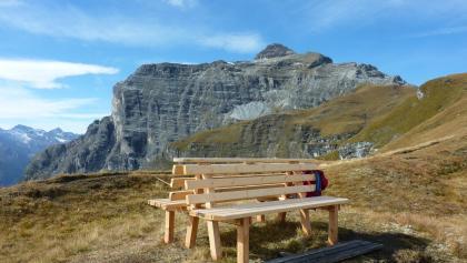 Sitzbank beim Padasterhochhaus mit Blick zur Kirchdachspitze