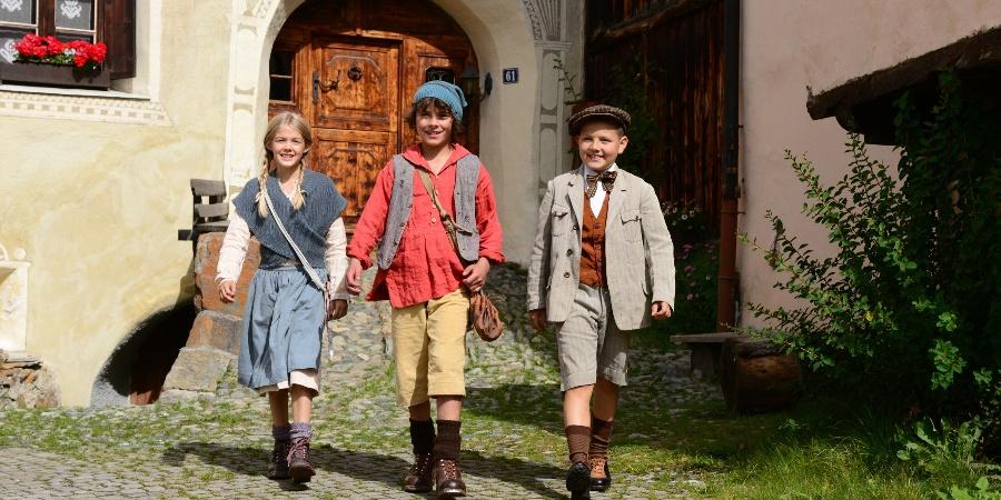 Les vedettes de cinéma du film « Schellen-Ursli »
