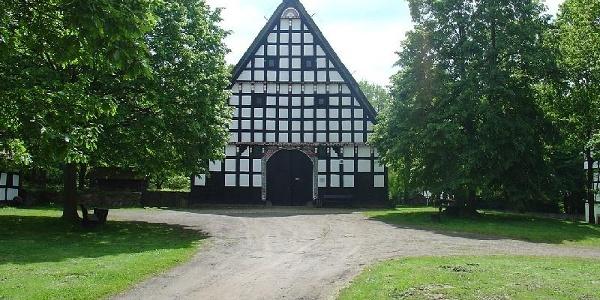 Das Haupthaus auf dem Museumshof