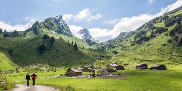 Blick auf Alpe Laguz