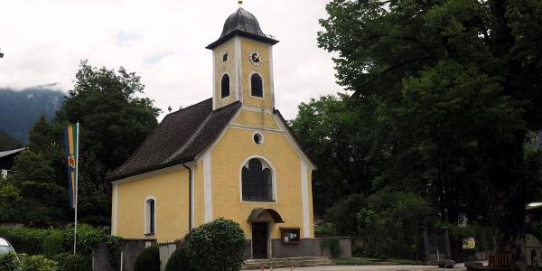 Kirche von Obertraun um 515m