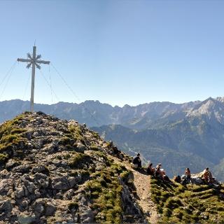 Panorama über den Gipfel hinweg