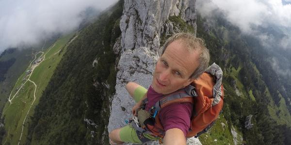 Gipfelselfi Stefan Stadler auf dem Gmelchturm