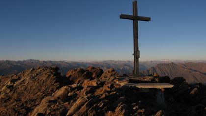 Abendstimmung auf dem Gipfel des Monte Zeda.