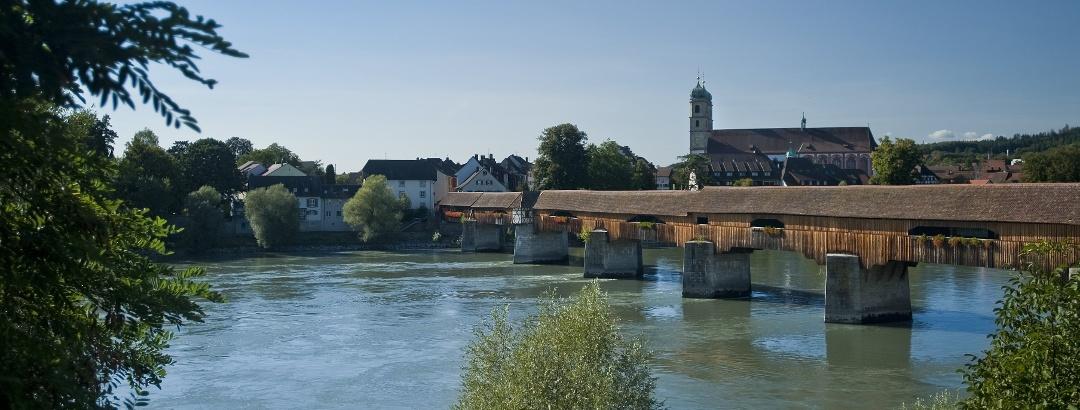 Blick vom Schweizer Rheinufer