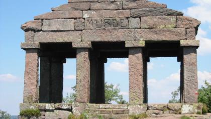 Tempel auf dem Donon.