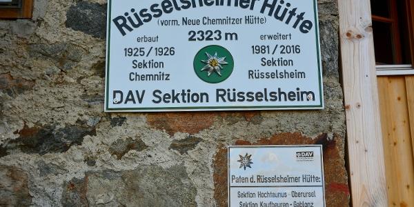 Hüttenschild Rüsselsheimer Hütte