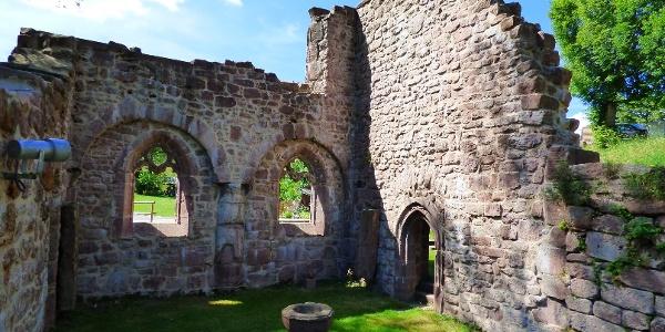 Die Klosterruine in Kniebis
