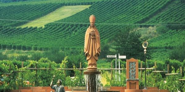 Weinbrunnen in Schweigen-Rechtenbach
