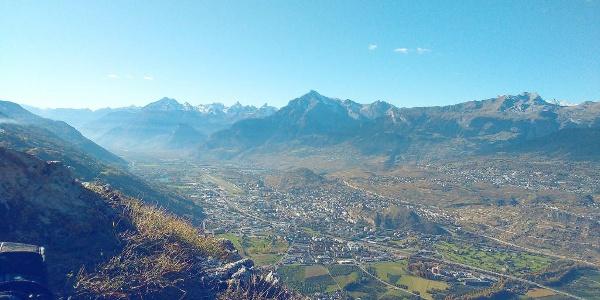 Blick vom Aussichtspunkt Belvédère Richtung Sion