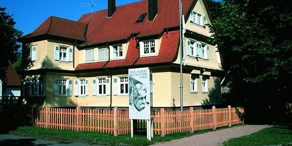 Albert-Schweizer Haus