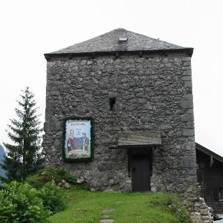 Hallthurm Wehranlage