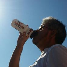 En op tijd de dorst lessen. Tja overdag met water en 's avonds een .....