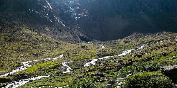 Zwischen Chelenalphütte und Göscheneralpsee