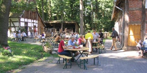 Sommerzeit im Hofcafé Johannleweling