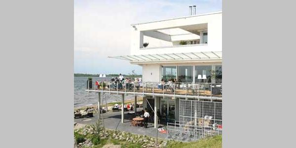 Restaurant Seeteufel im Weißen Haus am Ostufer des Cospudener Sees