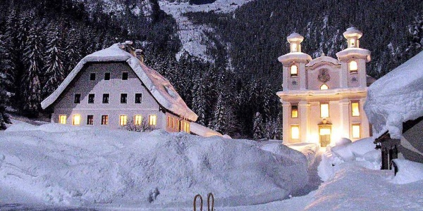Wallfahrtskirche Maria Kirchental bei Nacht