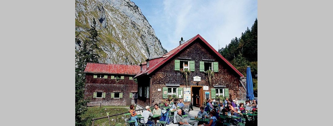 Die Höllentalangerhütte.