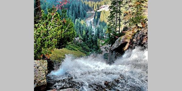 Blick vom 3. Wasserfall ins Tal