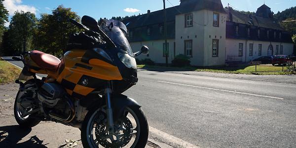 Schloß Ahrental im Harbachtal bei Sinzig