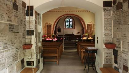 Kapelle am Weinfelder Maar von innen