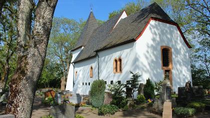 Kapelle am Weinfelder Maar von außen