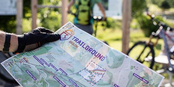 Parkplatz Trailground, Waldfeenpfad, Geologischer Sprung