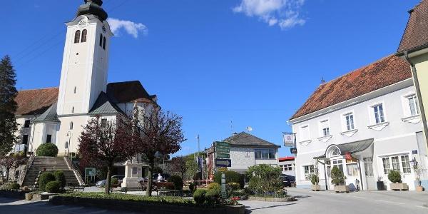 Kirchenwirt Ostermann am Hauptplatz von St. Ruprecht an der Raab