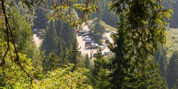 Parkplatz vor der Eisenkapplerhütte des ÖTK