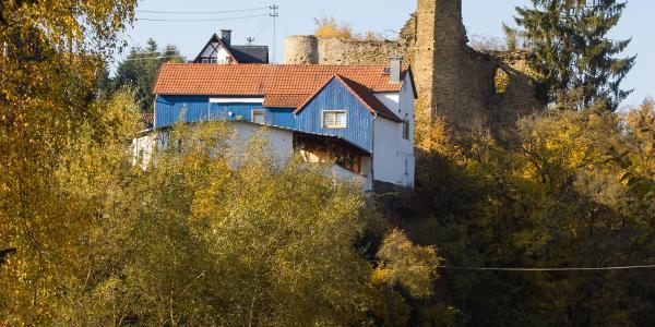 Wallrabenssteiner Burg von Süden