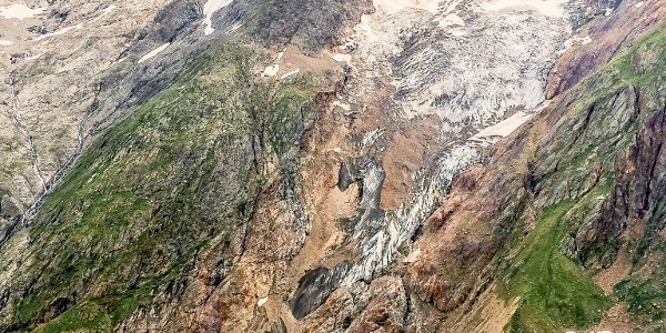 Rotfirngletscher und Eggstock gegenüber der Chelenhütte