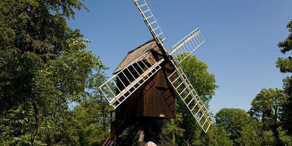 Bockwindmühle auf der Insel in der Hansestadt Stade