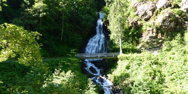 Teufelsbach-Wasserfall in Silbertal