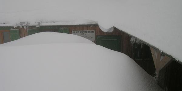Allertiefster Winter bei der Julius-Seitner-Hütte