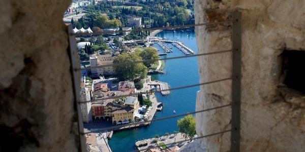 Ausblick vom Bastione über Riva am Gardasee