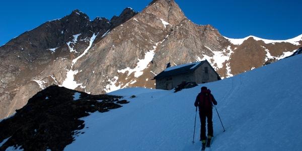 ..... hinauf zur kleinen Sterzinger Hütte