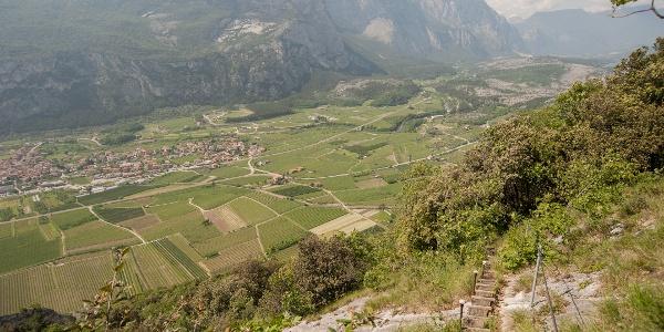 Abstieg - Abschnitt mit Drahtseil und Treppe