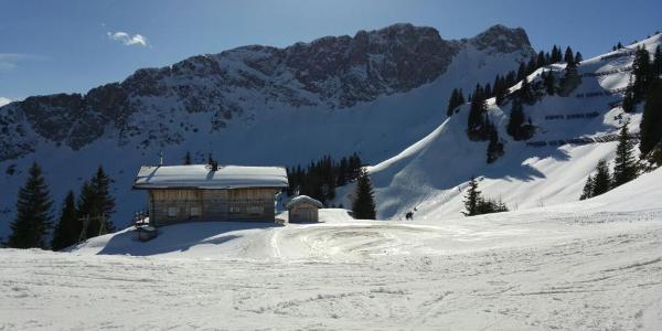 Jägerhütte mit Gaichtspitze
