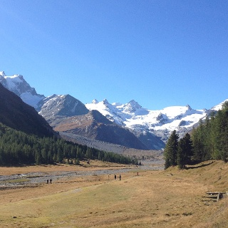 Val_Roseg und Gletschermoraene