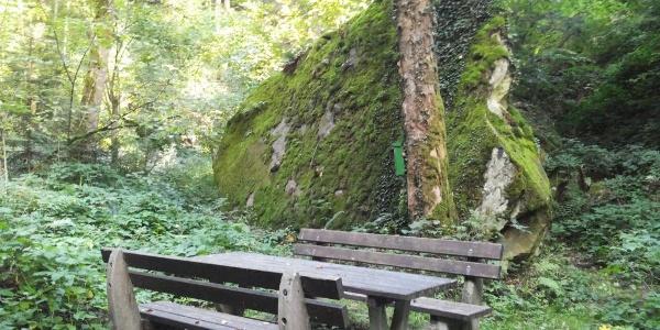 Platz am Großen Stein in Edlitz | Bucklige Welt