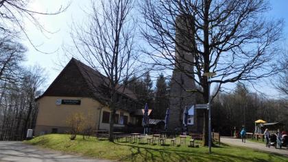 Höcherberg-Haus mit Aussichtsturm