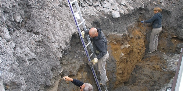 Bergbauhalde und Erzaufbereitung