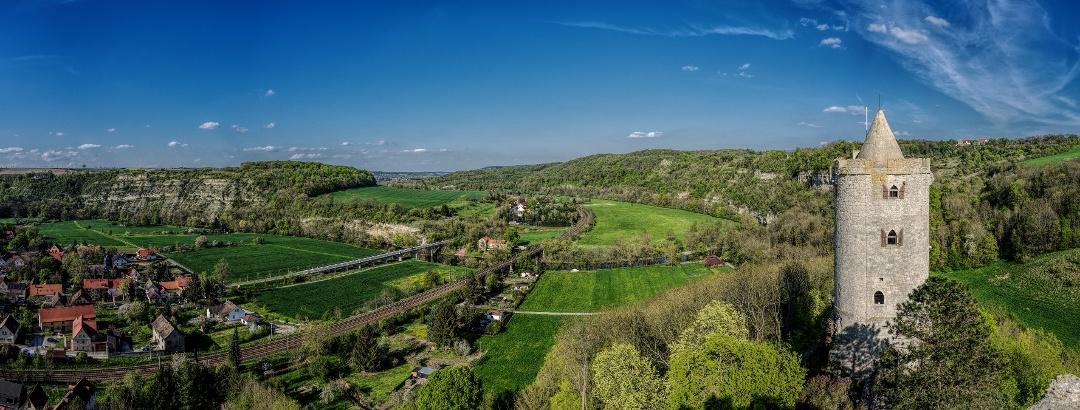 Blick ins Saaletal von Burg Saaleck