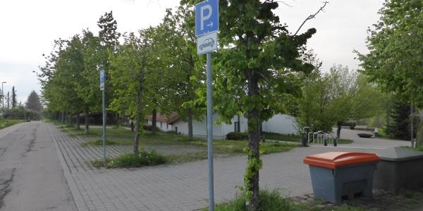 Parkplatz neuer Friedhof