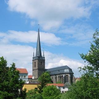 Blick auf die Stadtkirche St. Magarethen