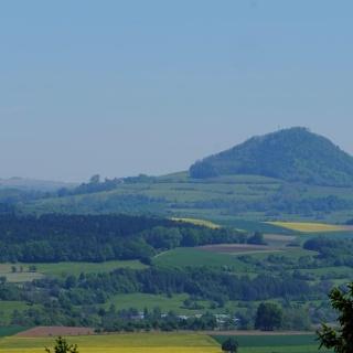 Blick vom Horn auf den Witthoh und Hohenhewen