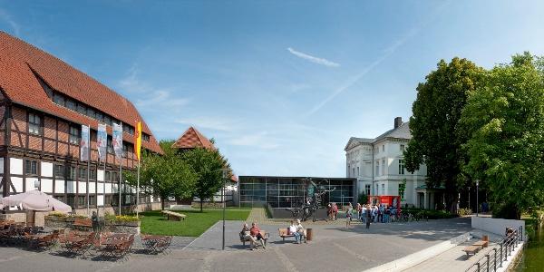 Panoramaausschnitt - Eingangsbereich des Lippischen Landesmuseums Detmold