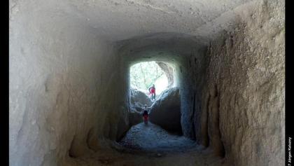 Inneres einer Trasshöhle beim Jägerheim